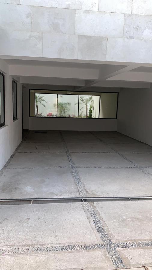 """Foto Casa en Venta en  Lomas de Tecamachalco,  Huixquilucan  Tecamachalco en cerrada ,estrena! """"Preciosa Residencia"""""""