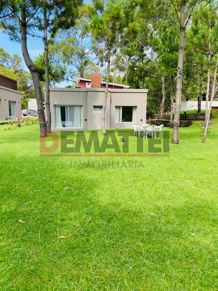 Foto Casa en Alquiler temporario en  Barrio Costa Esmeralda,  Pinamar  Senderos III