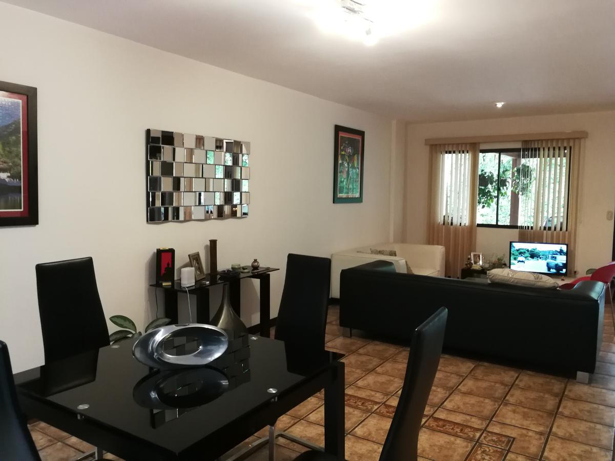 Foto Casa en condominio en Renta | Venta en  San Rafael,  Escazu  Town House en Jaboncillo/ Perfecta ubicación
