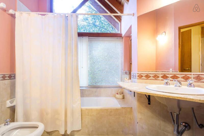 Foto Casa en Venta en  San Carlos De Bariloche,  Bariloche  Hermosa Casa - San Ignacio del Cerro -  San Carlos de Bariloche
