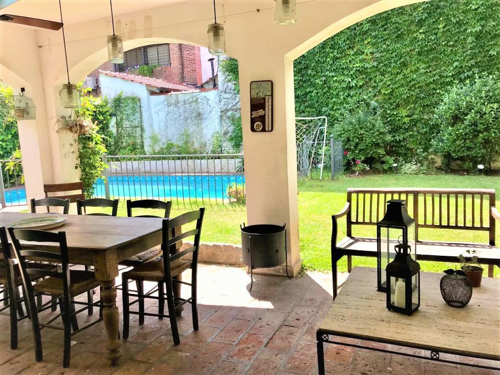 Foto Casa en Venta en  Beccar,  San Isidro  Enrique Rodó al 1900
