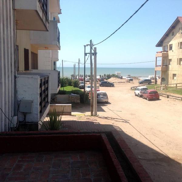 Foto Departamento en Alquiler temporario en  Golf Viejo,  Pinamar  Burriquetas al 1200