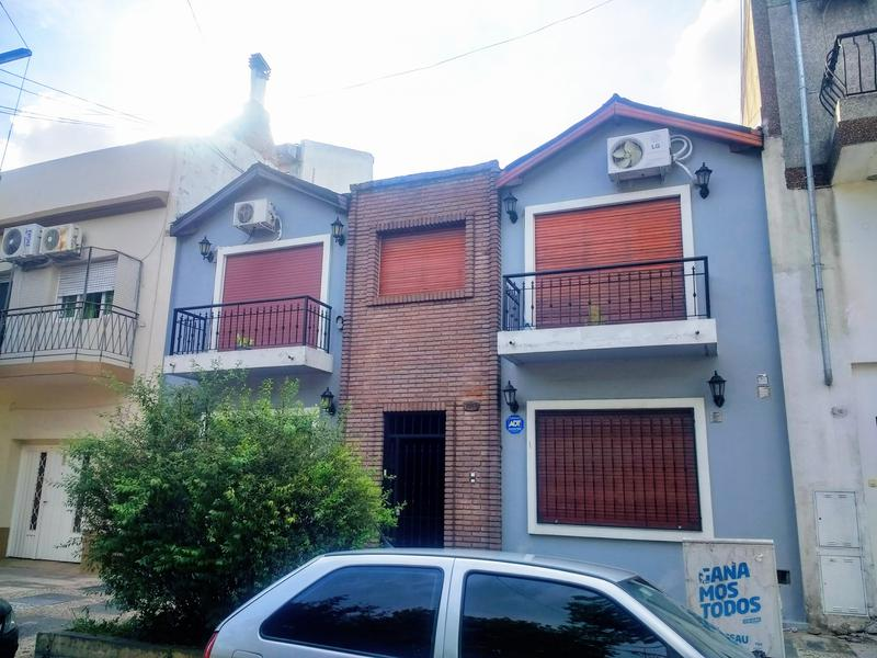 Foto PH en Venta en  Liniers ,  Capital Federal  Caaguazu al 7000