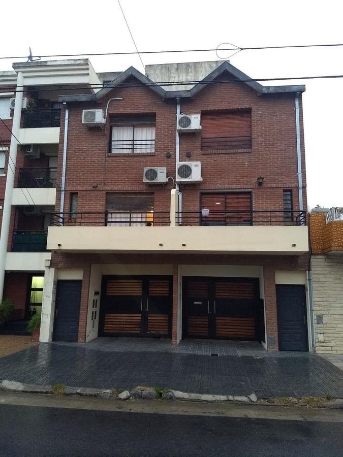 Foto PH en Venta en  Villa Urquiza ,  Capital Federal  Lugones al 3200