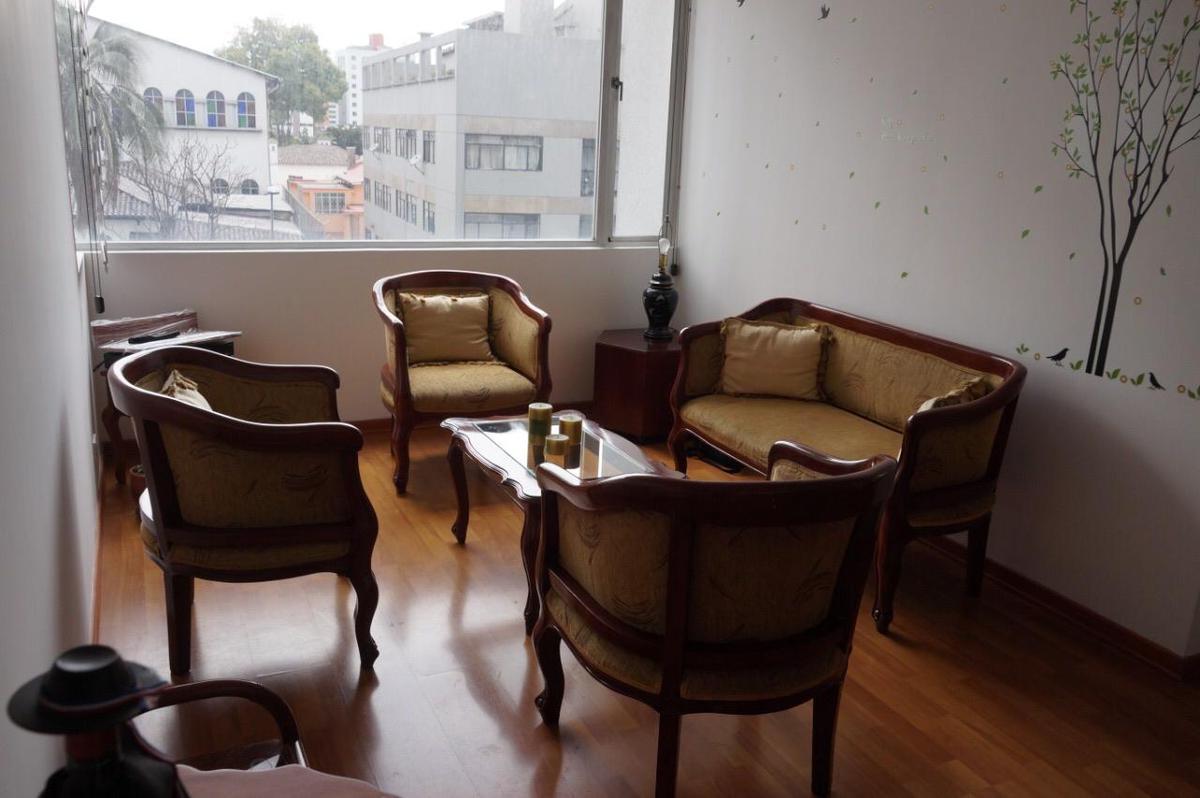 Foto Departamento en Alquiler en  La Mariscal,  Quito  Sect. La Colón