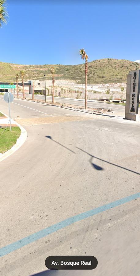 Foto Terreno en Venta en  Chihuahua ,  Chihuahua  BOSQUE REAL I, DE OPORTUNIDAD, LOTE FRENTE A PARQUE, FRACC.PRIVADO. ZONA  VALLE ESCONDIDO..  $6200.00 M2.
