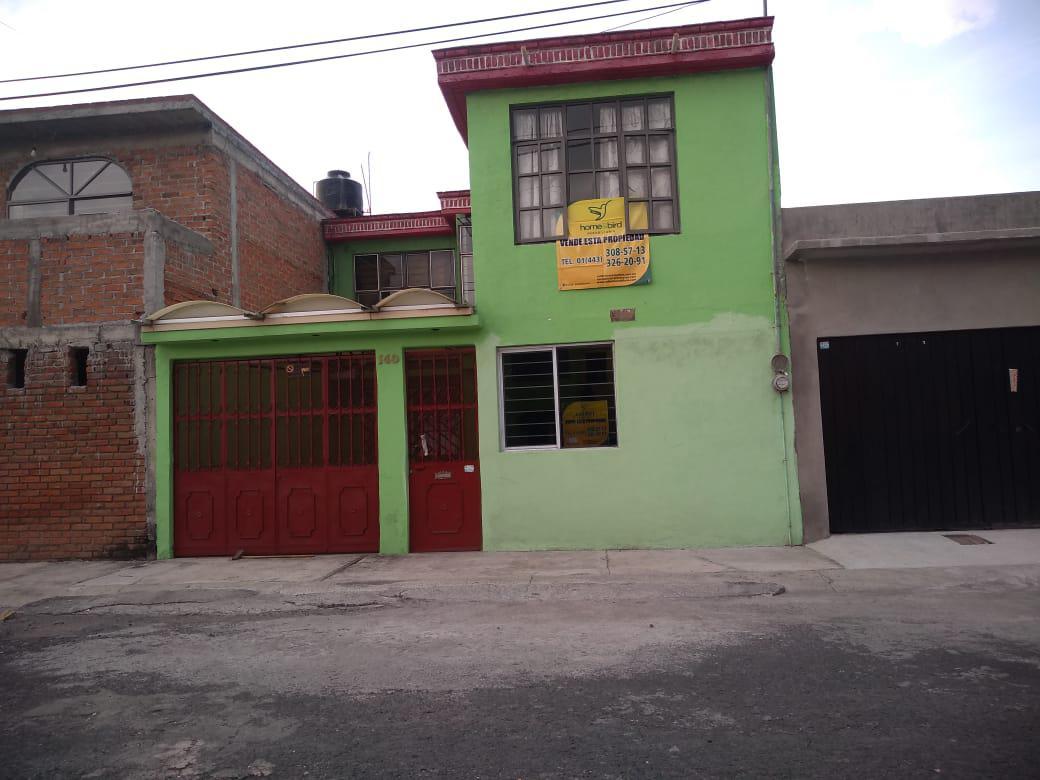 Foto Casa en Venta en  Lomas Del Valle,  Morelia  COL. LOMAS DEL VALLE CALLE: LOMA QUEMADA # al 100