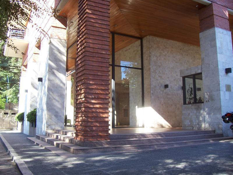 Foto Departamento en Alquiler en  La Lucila,  Vicente Lopez  Libertador  al 3700