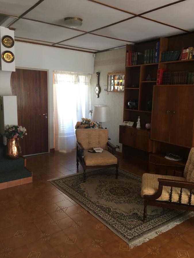 Foto Casa en Venta en  Roca,  Comodoro Rivadavia  Atahualpa Yupanqui al 500