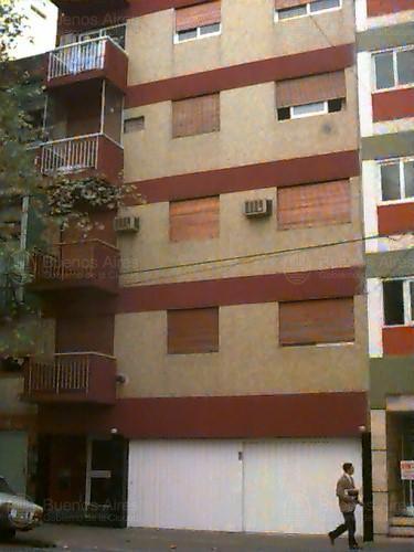 Foto Departamento en Alquiler en  Monserrat,  Centro  HIPOLITO YRIGOYEN  al 3600
