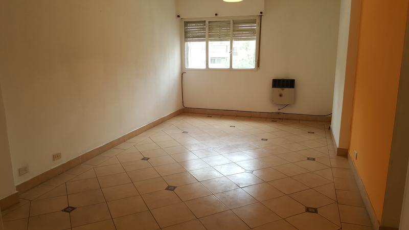 Foto Departamento en Alquiler en  Lomas de Zamora Oeste,  Lomas De Zamora  LORIA al 200
