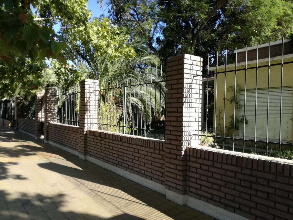 Foto Casa en Venta en  Rivadavia ,  San Juan  Av Libertador Gral San Martín al 5200