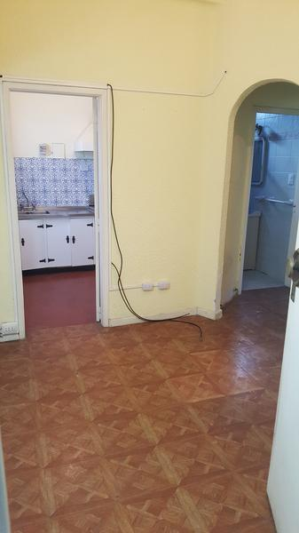 Foto Departamento en Alquiler en  Lomas de Zamora Oeste,  Lomas De Zamora  ESPAÑA al 100