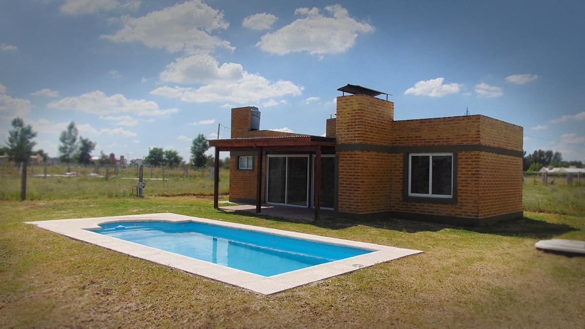 Foto Casa en Venta en  General Pico,  Maraco  361 entre  y