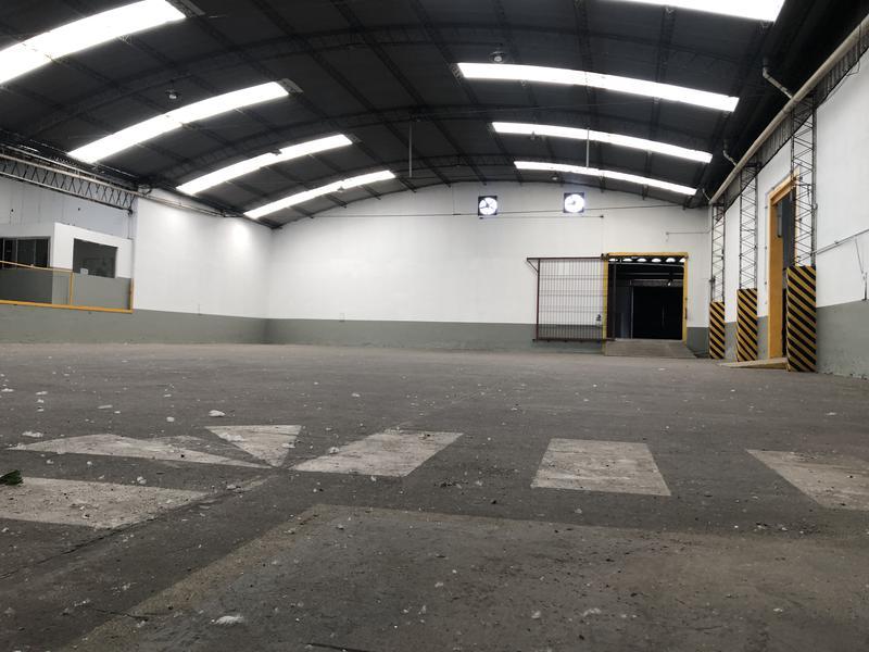 Foto Depósito en Venta | Alquiler en  Ricardo Rojas,  Tigre  Alquiler Depósito 3.600 m2 - Tigre