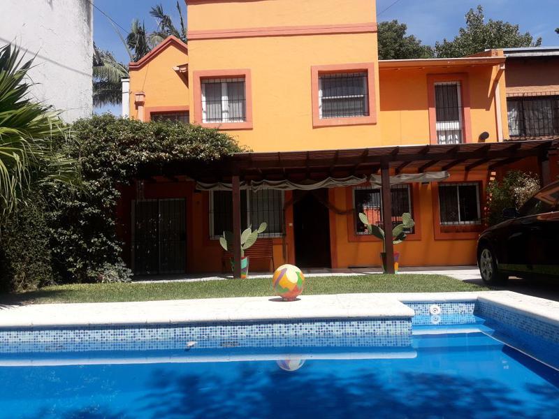 Foto Casa en Venta en  Las Lomas-Horqueta,  Las Lomas de San Isidro  Estanisalo Zeballos al 1900