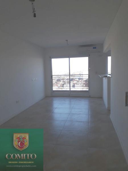 Foto Departamento en Venta en  Banfield,  Lomas De Zamora  Vergara al 1500