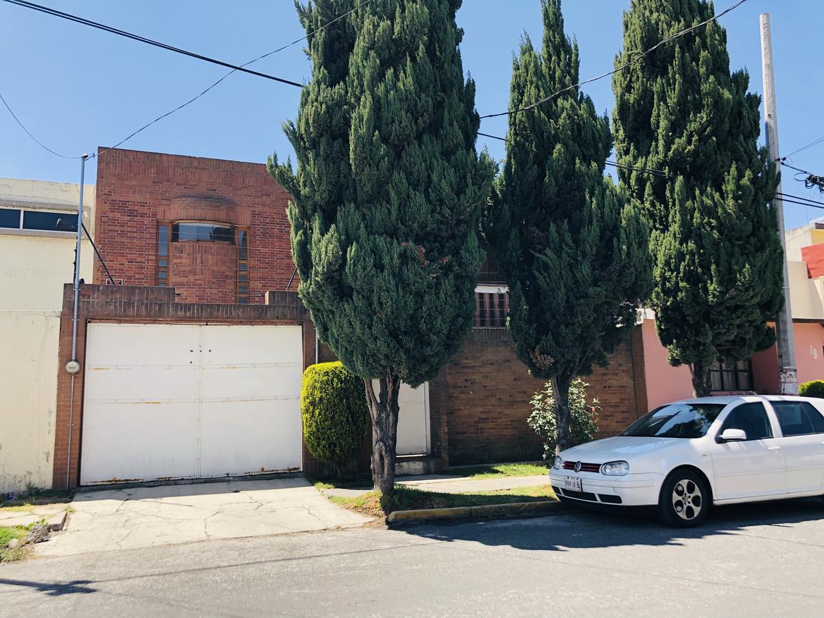 Foto Casa en Venta en  Pilares,  Metepec  CASA EN VENTA PARA OFICINAS O HABITACIONAL, PILARES, METEPEC