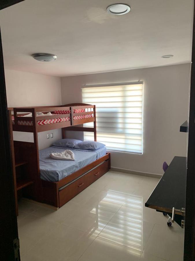 Foto Departamento en Renta | Venta en  Playa del Carmen,  Solidaridad  Penthouse 2 habitaciones a unos pasos del Ferry y de Playacar Departamento Céntrico