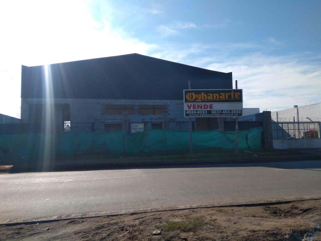 Foto Depósito en Venta | Alquiler |  en  General Rodriguez ,  G.B.A. Zona Oeste  Acceso Oeste Colectora Norte e/ Arriola y Arroyo