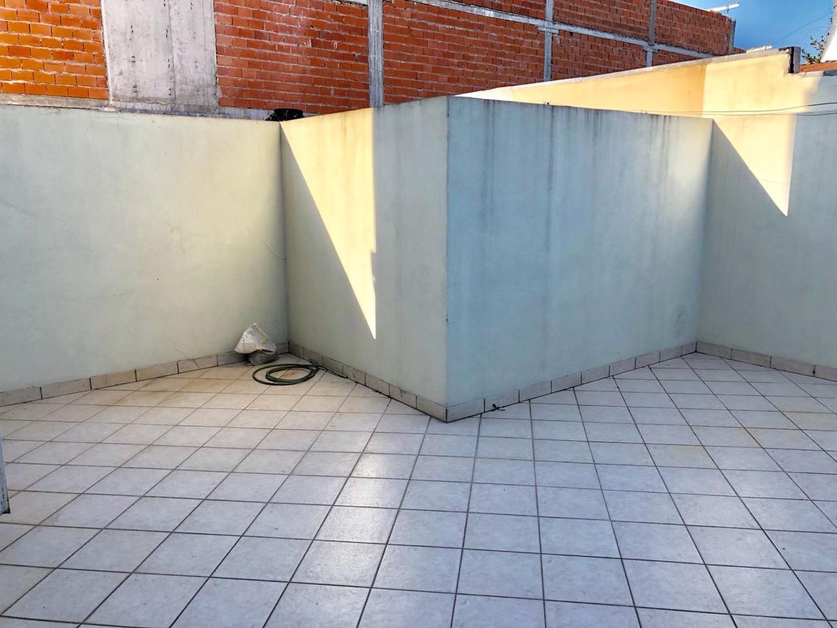 Foto Departamento en Venta en  Lomas De Zamora ,  G.B.A. Zona Sur  Alvear 167