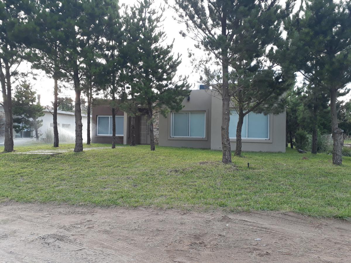 Foto Casa en Alquiler temporario en  Costa Esmeralda,  Punta Medanos  Residencial I al 472