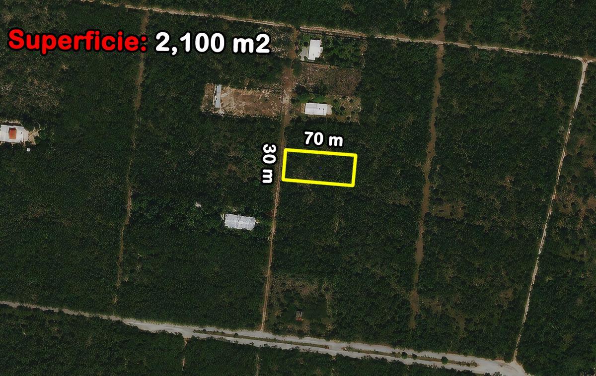 Foto Terreno en Venta en  Mérida ,  Yucatán  Terreno De 2,100 m2 En Misnebalam Al Norte De Mérida