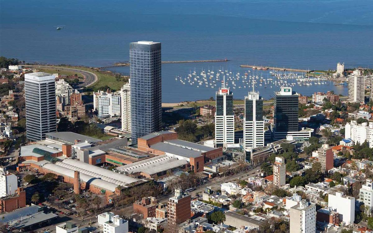 Foto Oficina en Alquiler en  Pocitos Nuevo ,  Montevideo  WTC Torre 2