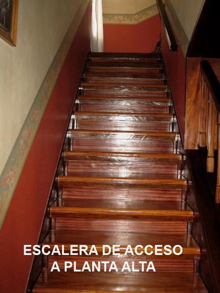 Foto Casa en Venta en  Adrogue,  Almirante Brown  SÁNCHEZ nº 1516, entre Pasaje Buschiazzo (Ex Obligado) y Avda. Espora