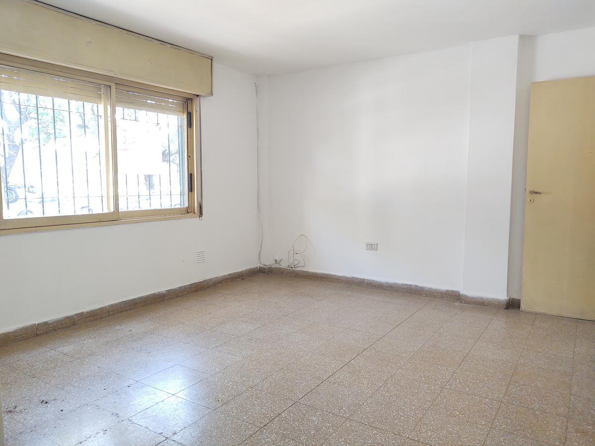 Foto Departamento en Alquiler en  General Pueyrredon,  Cordoba Capital  Bulnes al 1200