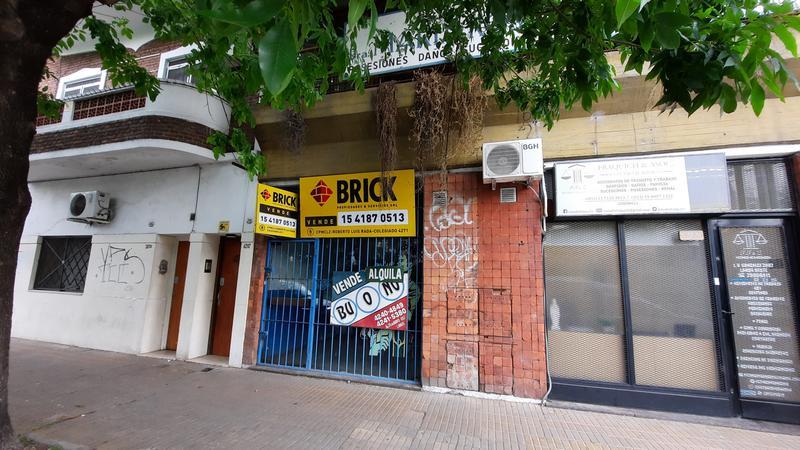 Foto Local en Venta en  Lanús Oeste,  Lanús  Joaquin V. Gonzalez 2889