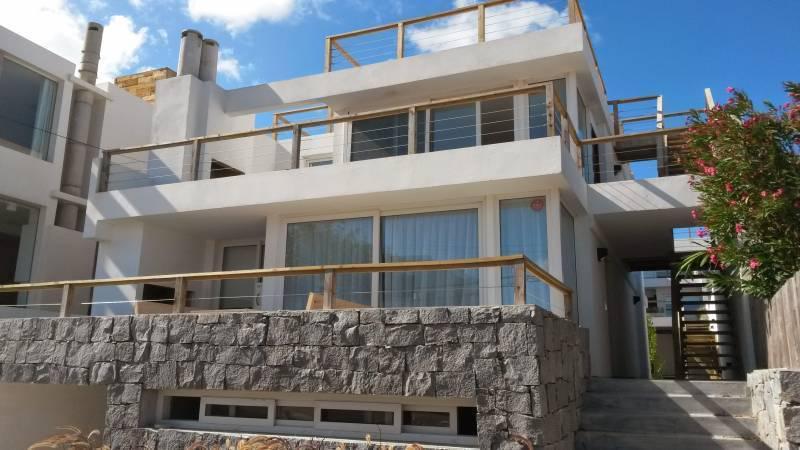 Foto Departamento en Venta | Alquiler en  Punta del Este ,  Maldonado  Manantiales  al 100