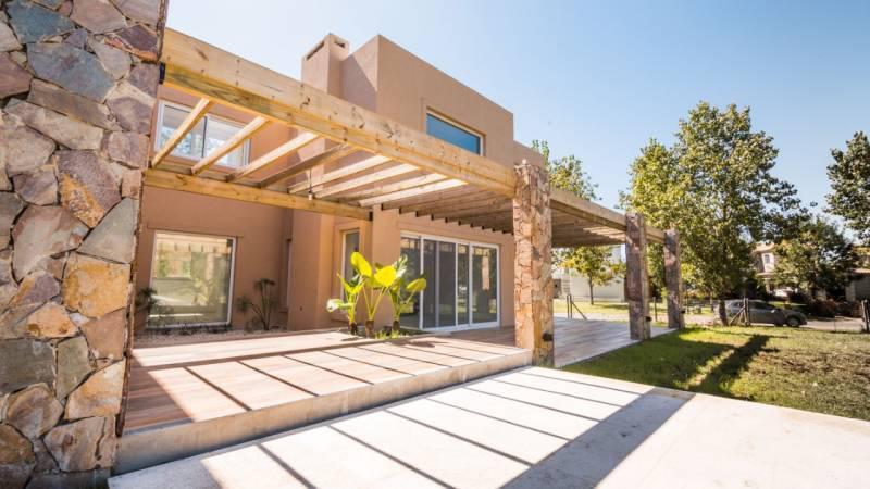 Foto Casa en Venta en  Santa Barbara,  Countries/B.Cerrado (Tigre)  Santa Barbara  al 1000