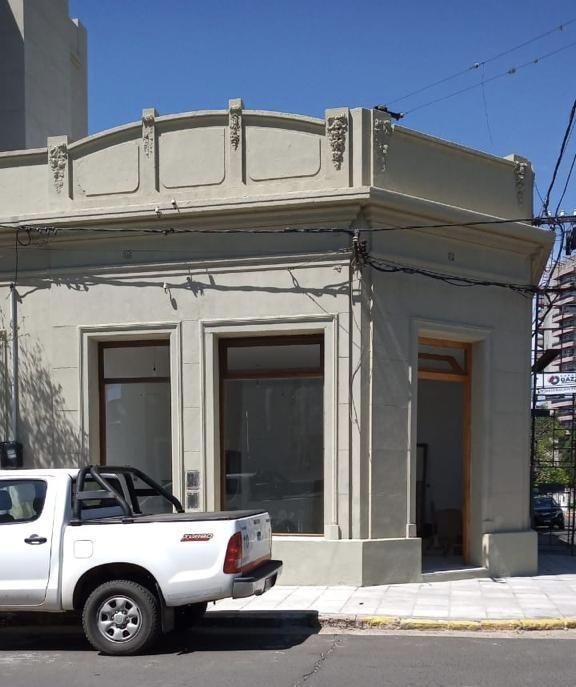 Foto Local en Alquiler en  Concordia,  Concordia  La Rioja esquina Salta