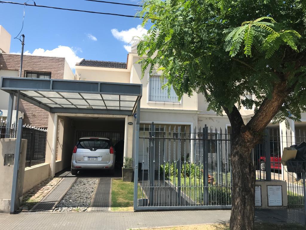 Foto Casa en Alquiler en  Poeta Lugones,  Cordoba  Nuevo Poeta Lugones- Hermoso Duplex 3 dormitorios - Cochera - Pileta