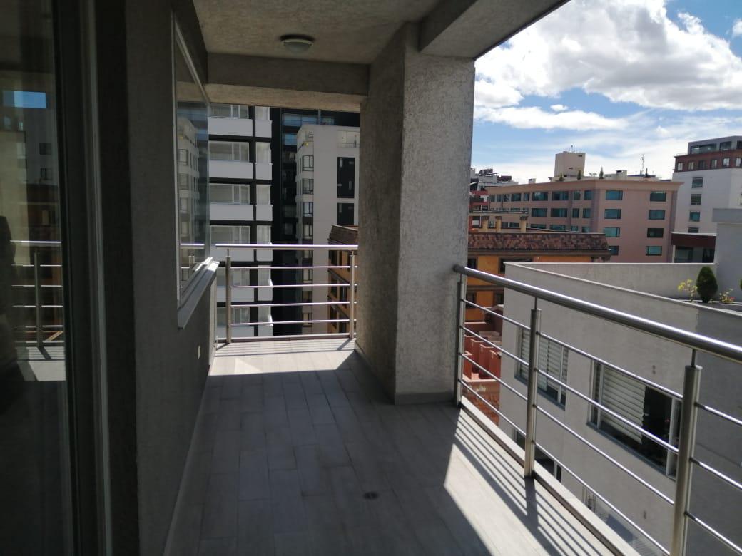 Foto Oficina en Alquiler en  La Carolina,  Quito  Shyris y Portugal