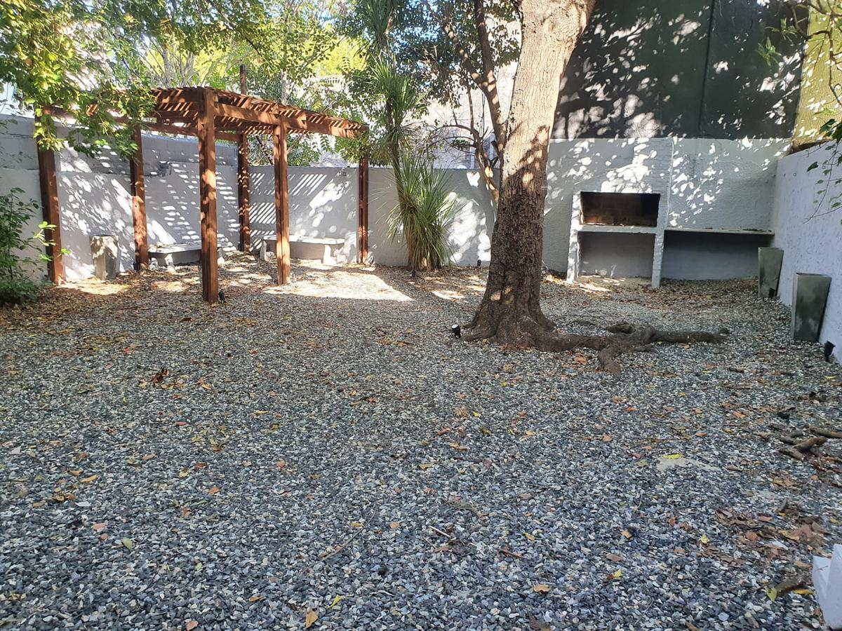 Foto Oficina en Alquiler en  Pocitos ,  Montevideo  BV ARTIGAS ESQUINA AV BRASIL