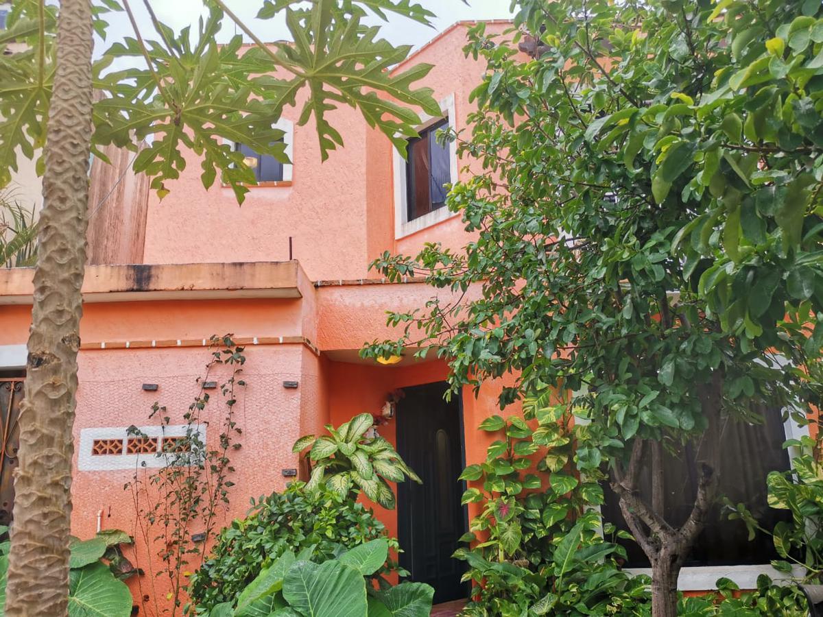 Foto Casa en Venta en  Solidaridad ,  Quintana Roo  CASA DE 3 REC. CON PATIO AMPLIO SUPER UBICADA