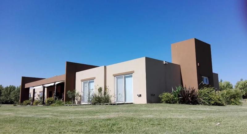 Foto Casa en Venta en  La Ranita,  Manzanares  Camino Real , Manzanares -Open Door