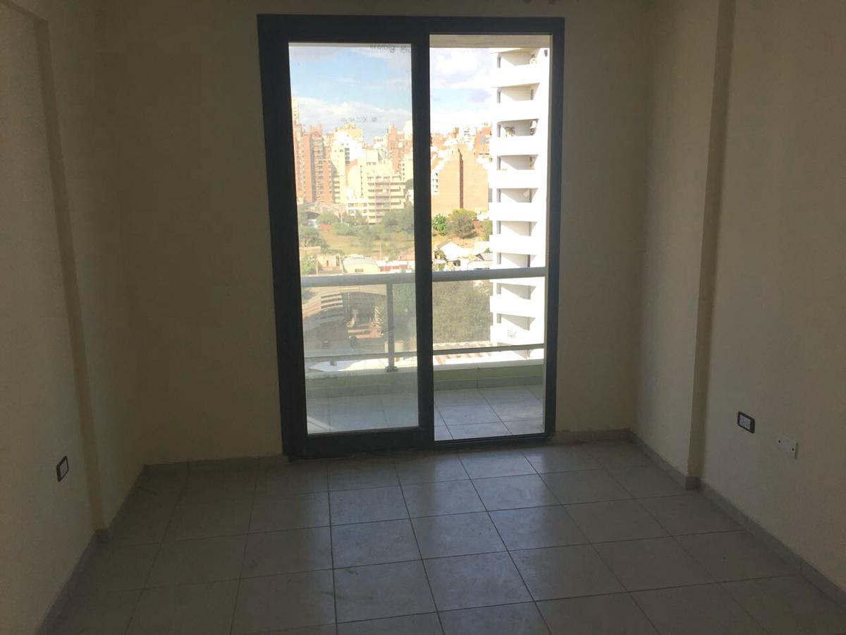 Foto Departamento en Venta en  Alberdi,  Cordoba  M.T. ALVEAR al 1000