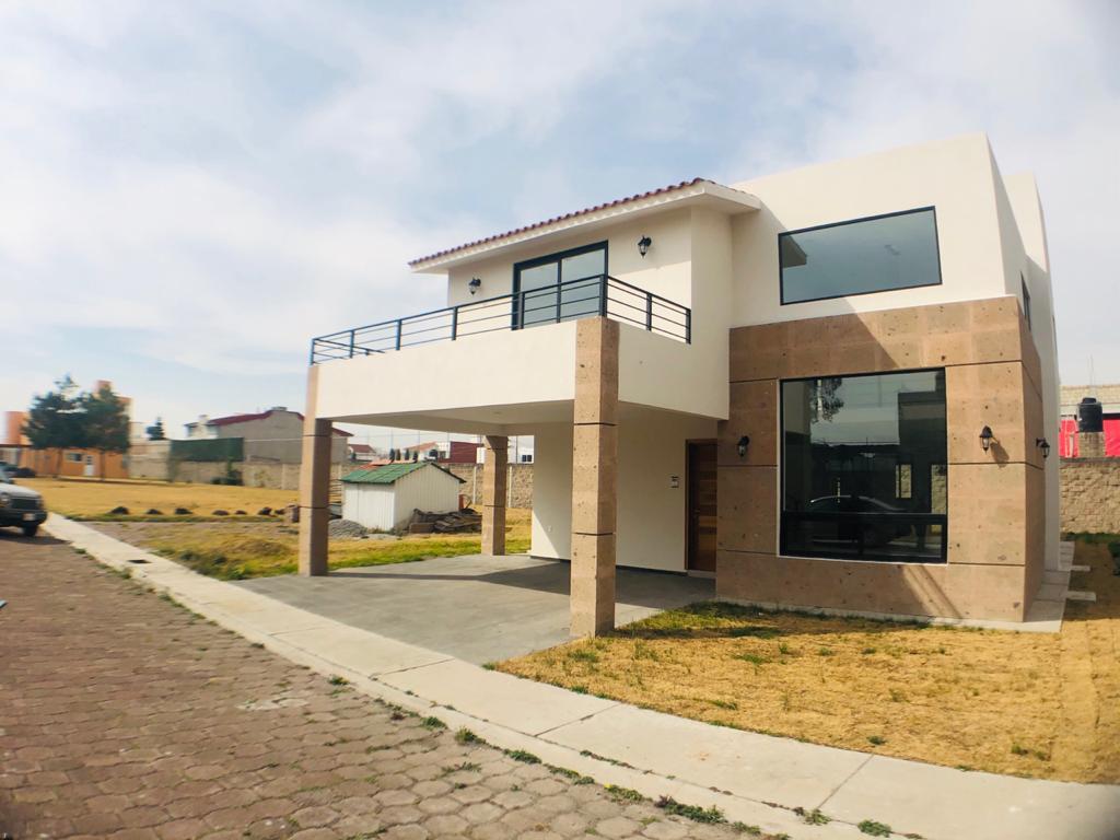 Foto Casa en condominio en Renta en  Bellavista,  Metepec  Cerrada 5 de febrero