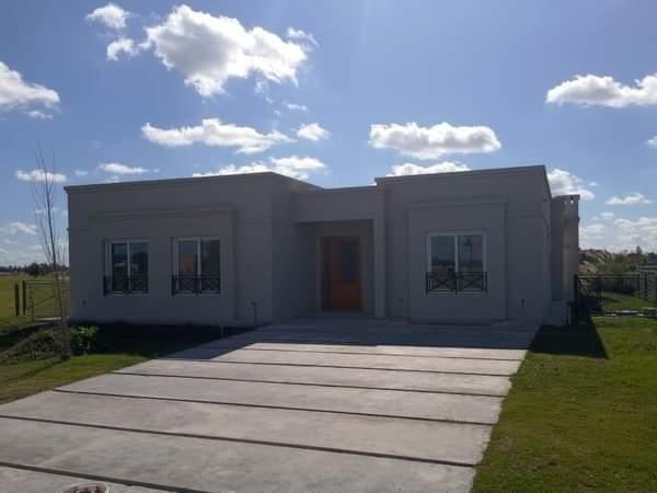 Foto Casa en Venta en  El Naudir,  Countries/B.Cerrado (Escobar)  El Naudir