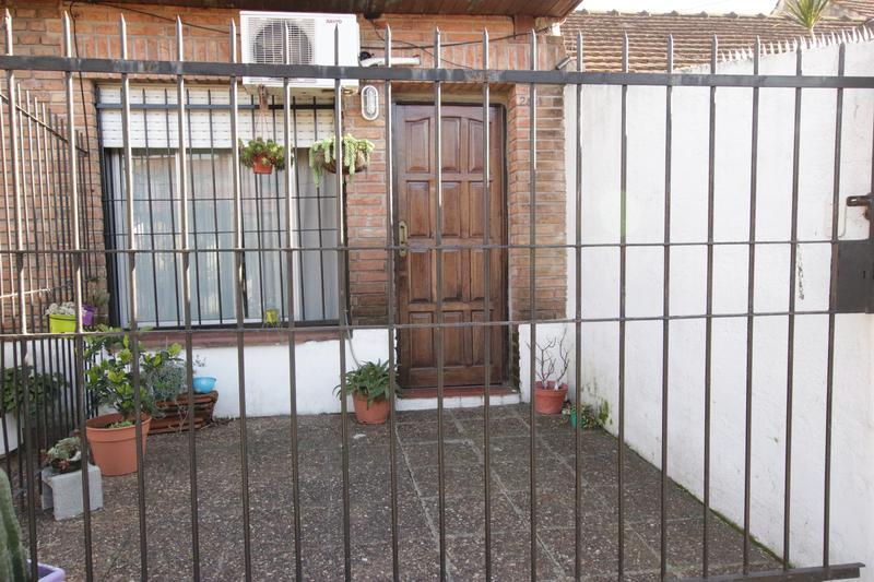 Foto Casa en Venta en  Mart.-Fleming/Panam.,  Martinez  CATAMARCA al 2400