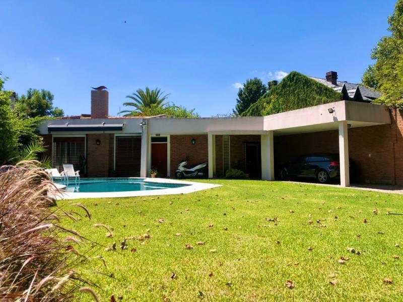 Foto Casa en Alquiler en  Punta Chica,  San Fernando  Av. del Libertador al 2800