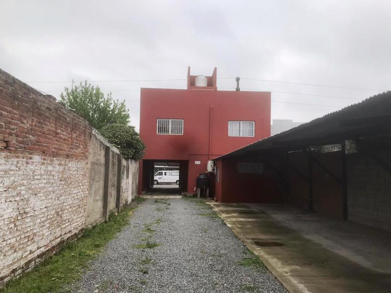 Foto Cochera en Alquiler en  Lomas de Zamora Oeste,  Lomas De Zamora  Frias 264