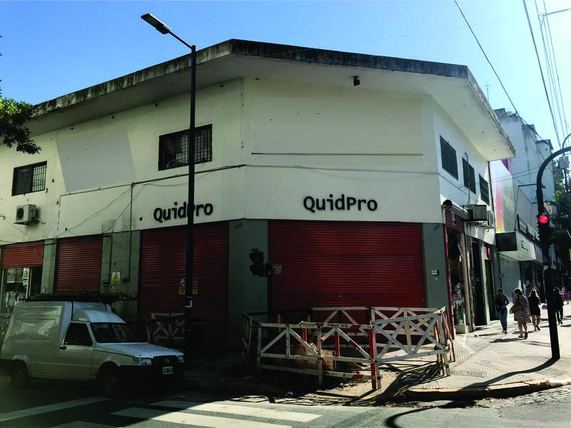 Foto Local en Alquiler en  Flores ,  Capital Federal  Av. Avellaneda al 3700