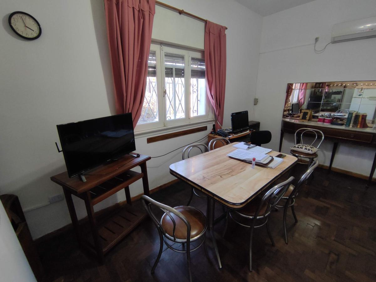 Foto Casa en Venta en  Moron Sur,  Moron  Avellaneda al 600
