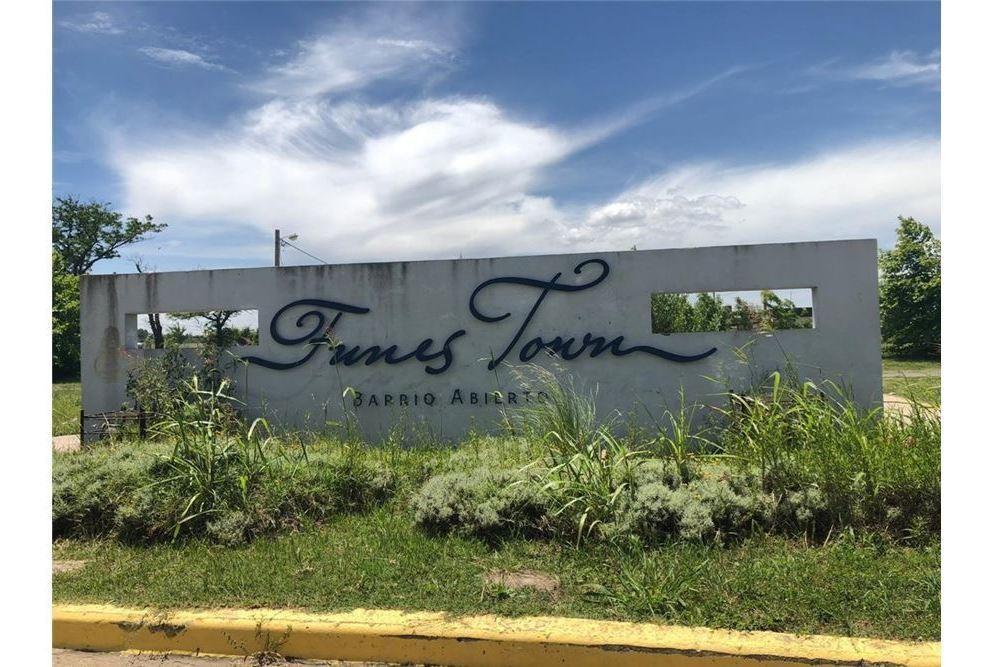 Foto Terreno en Venta en  Funes ,  Santa Fe  Funes