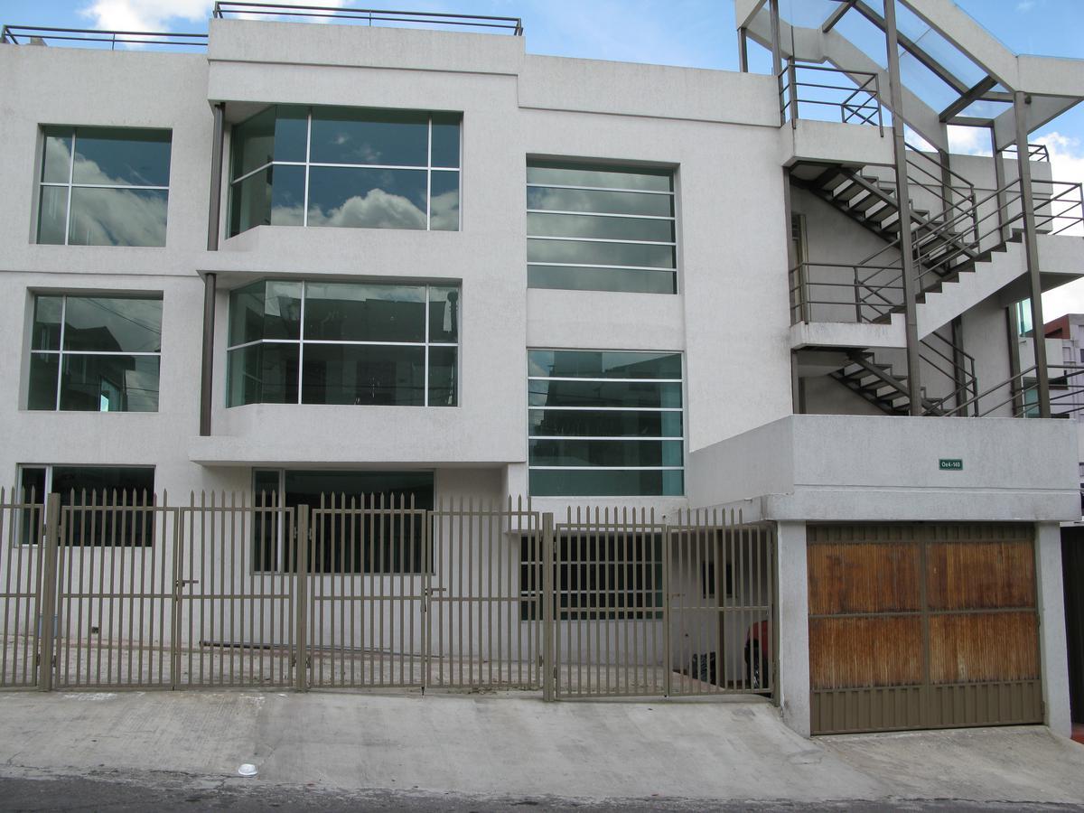 Foto Oficina en Alquiler en  Granda Centeno,  Quito  Luis Cadena y Gregorio Bobadilla  (AV. America)