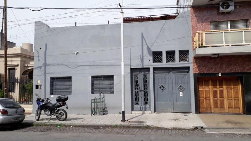 Foto Galpón en Venta en  Avellaneda,  Avellaneda  Cnel Pagola al 100